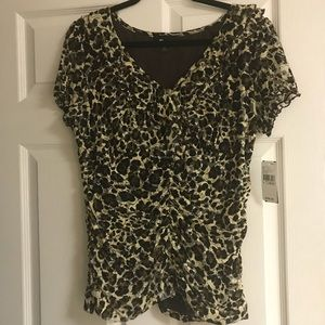 Tops - Leopard print shirt XL